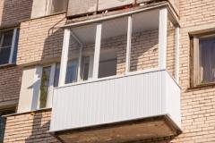 osteklenie-balkonov-i-lodgiy (3)