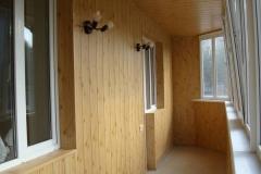 otdelka-balkona-vagonkoy (5)